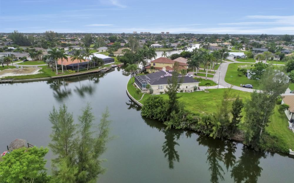 2301 SW 39th St, Cape Coral - Lot For Sale 138036129