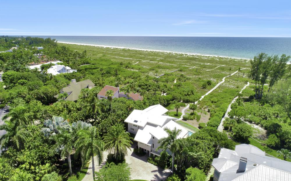 1320 Seaspray Ln, Sanibel - Home For Sale 587226472