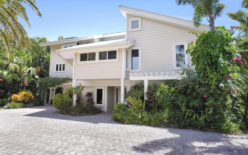 1320 Seaspray Ln, Sanibel - Home For Sale 1895853590