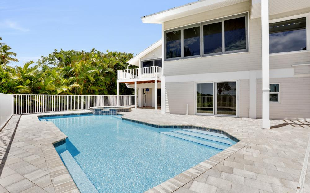 1320 Seaspray Ln, Sanibel - Home For Sale 1397772104
