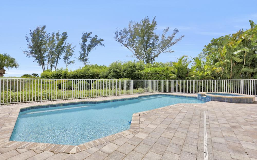 1320 Seaspray Ln, Sanibel - Home For Sale 1252618192