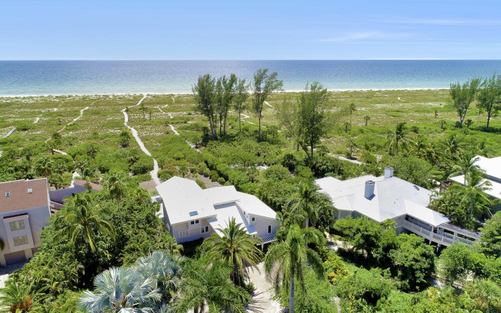 1320 Seaspray Ln, Sanibel - Home For Sale 623901336