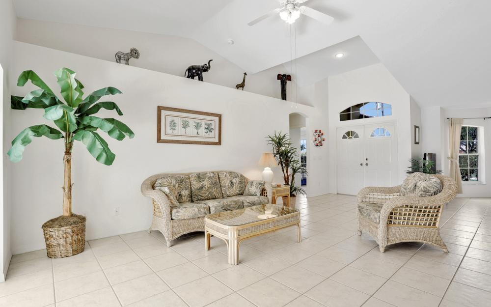 2800 SW 36th St, Cape Coral - Home For Sale 1108174992