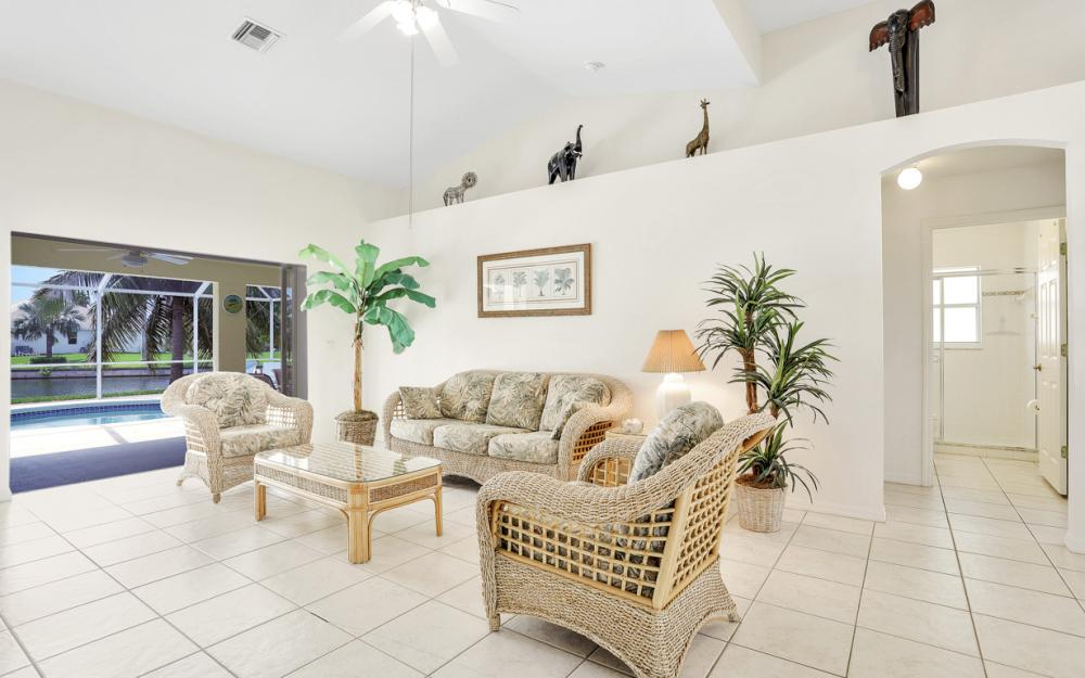 2800 SW 36th St, Cape Coral - Home For Sale 770253187