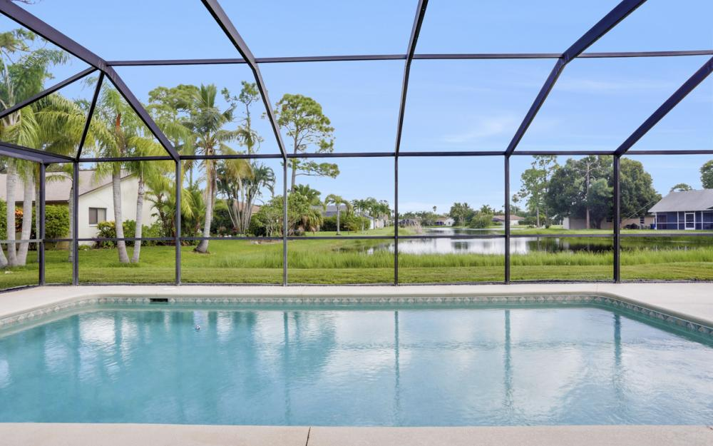 9897 Country Oaks Dr, Fort Myers - Home For Sale 1318041926