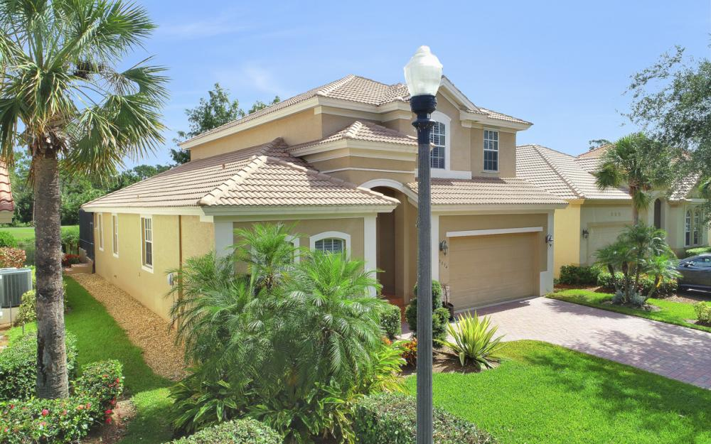 8894 Greenwich Hills Way, Fort Myers - Home For Sale 1848249750