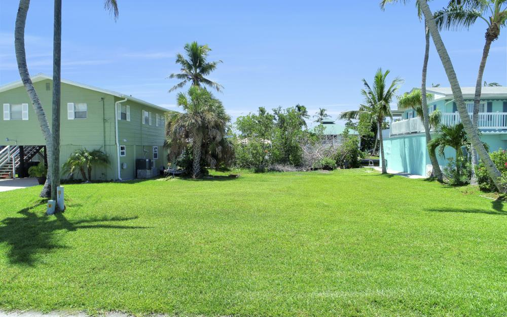 574 Coconut Ave, Goodland - Lot For Sale 753476230