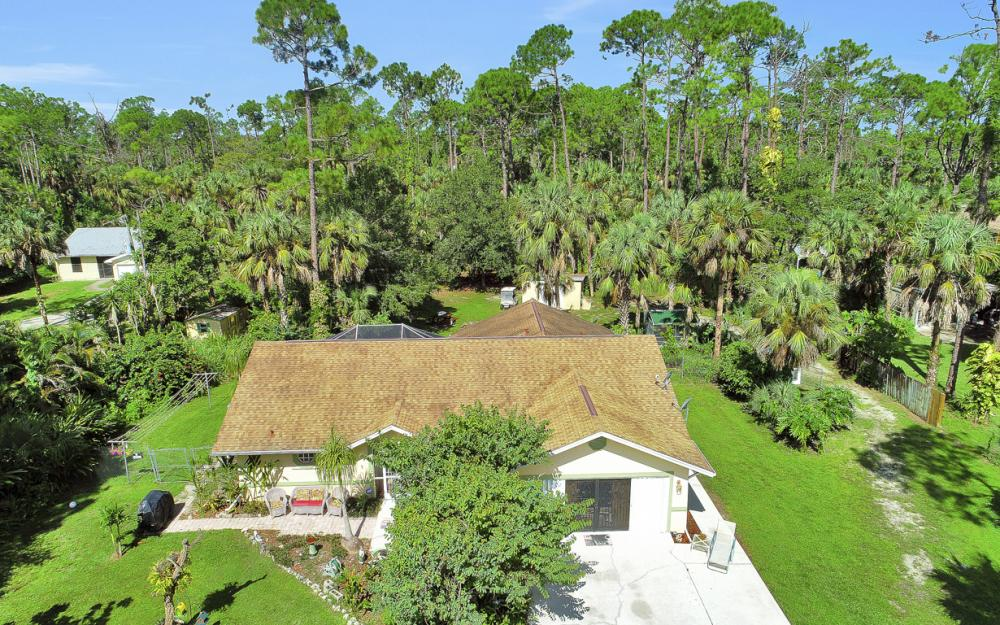 1371 17th St SW, Naples - Home For Sale 974180836