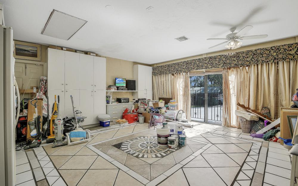 1371 17th St SW, Naples - Home For Sale 350477271