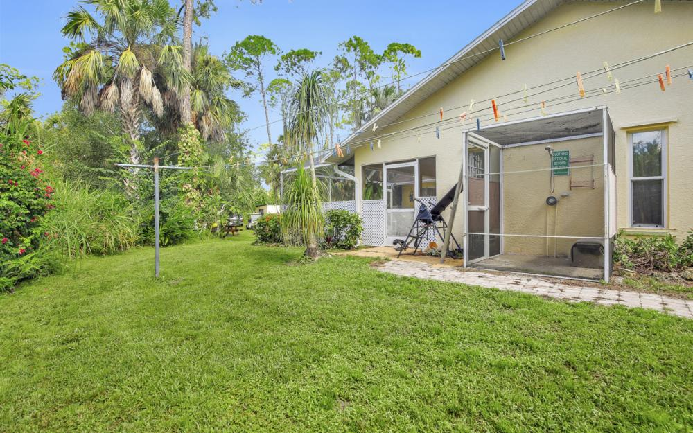 1371 17th St SW, Naples - Home For Sale 2134396245