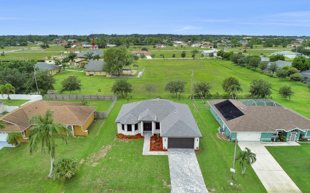 916 SW 7th Ave, Cape Coral - Model Home  1146016989
