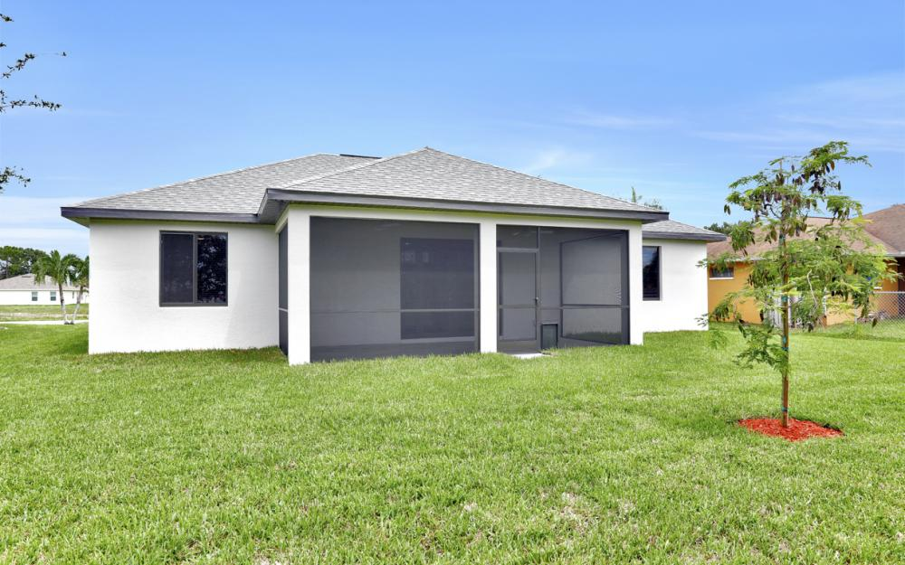 916 SW 7th Ave, Cape Coral - Model Home  978868180