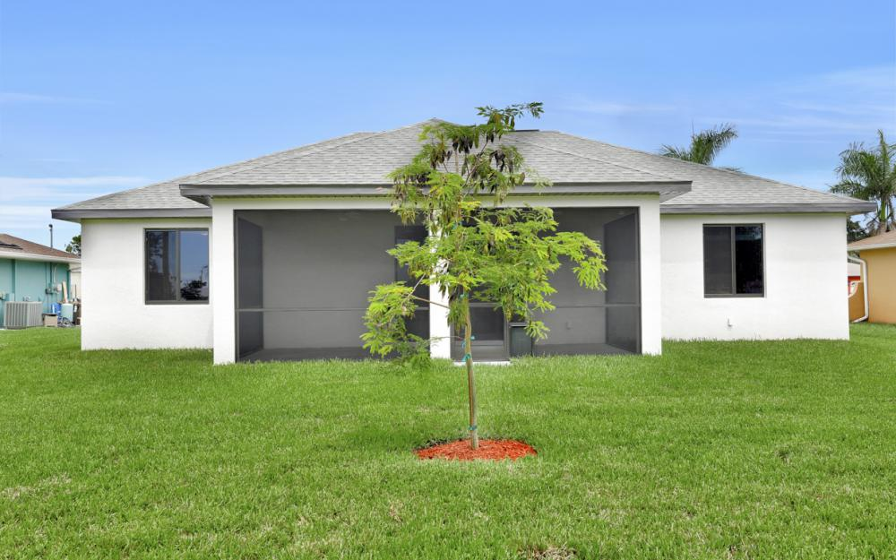 916 SW 7th Ave, Cape Coral - Model Home  1990829454