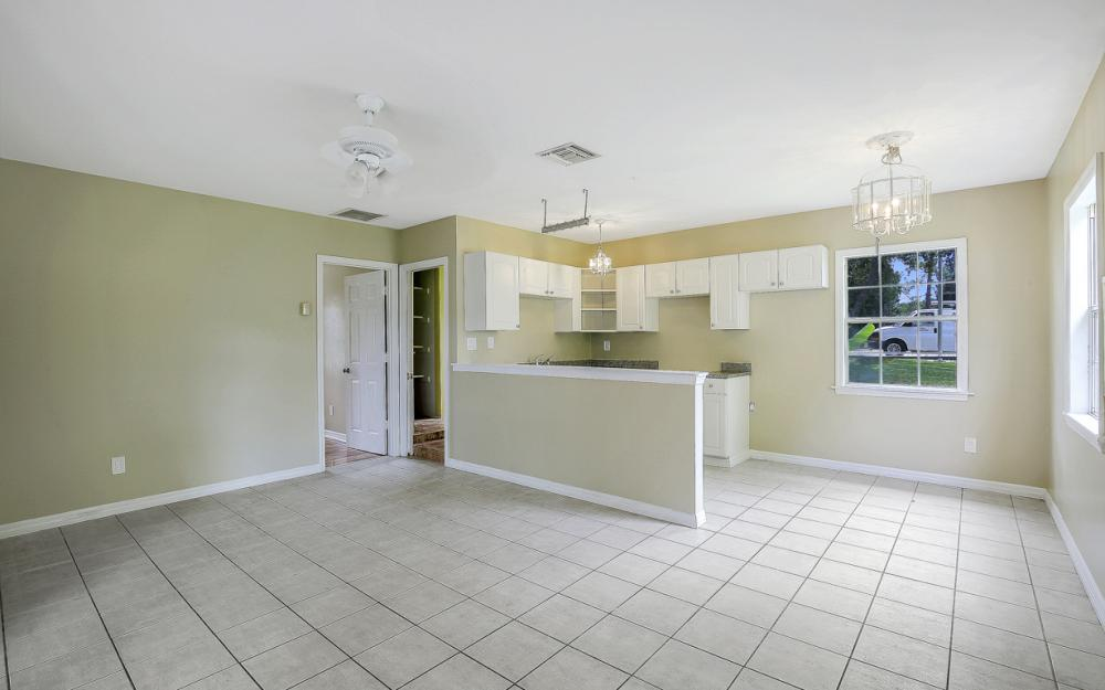 1282 Barrett Rd, N. Fort Myers - Home For Sale 939099882