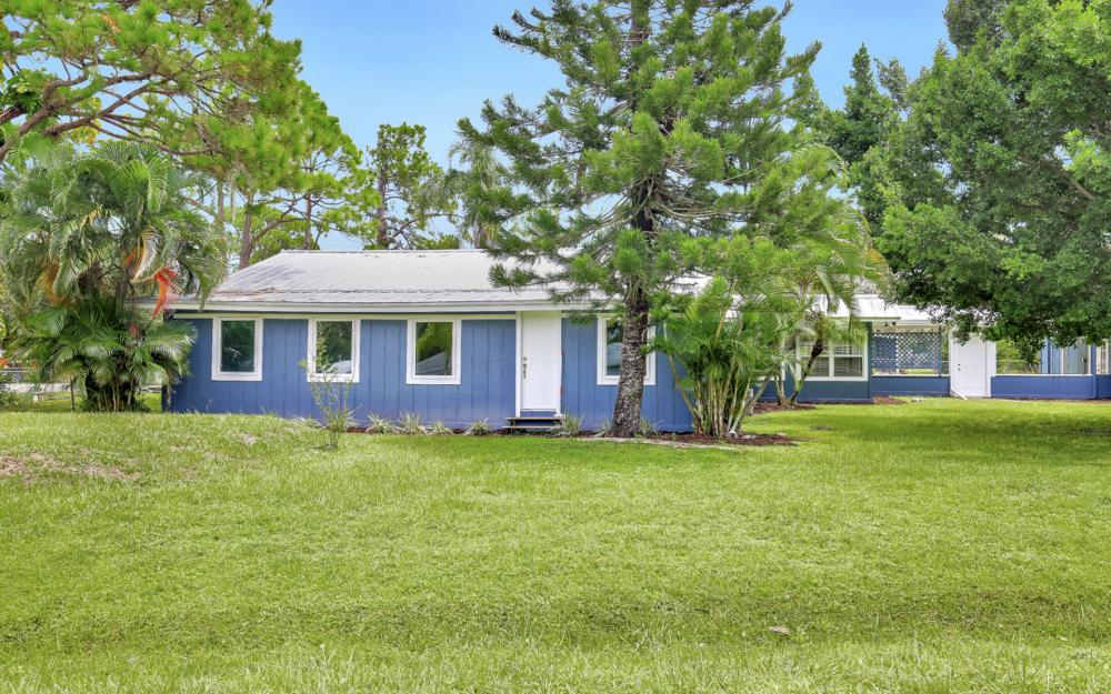 1282 Barrett Rd, N. Fort Myers - Home For Sale 713409113