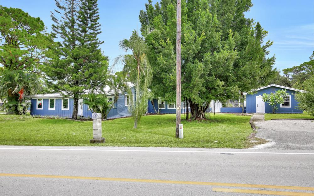 1282 Barrett Rd, N. Fort Myers - Home For Sale 709173195