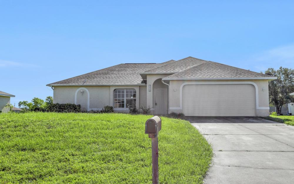 2005 NW 3rd Ave Cape Coral - Home For Sale 2054629506