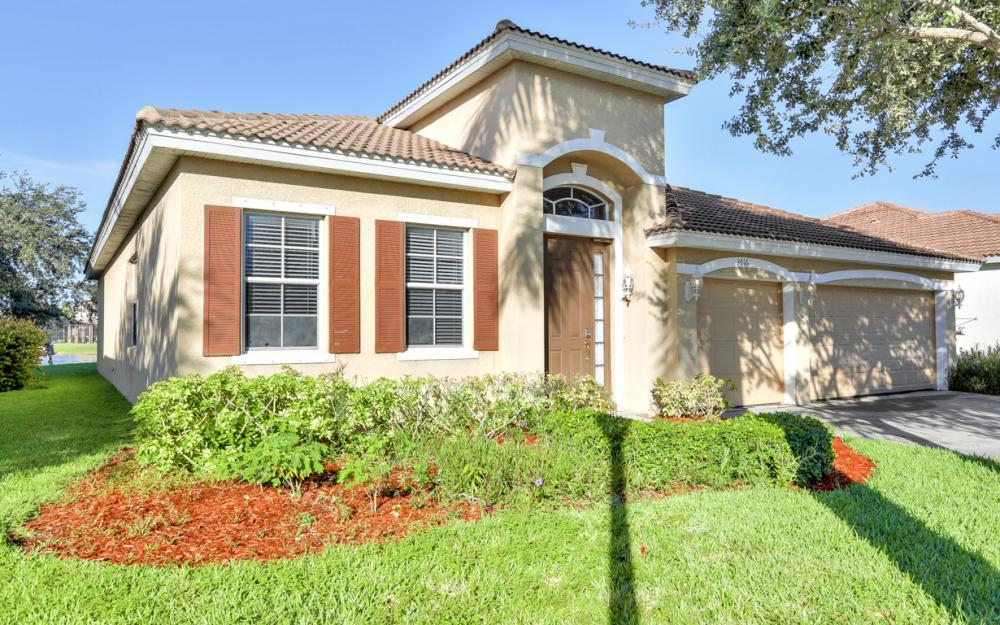 3016 Lake Manatee Ct, Cape Coral - Home For Sale 269828298