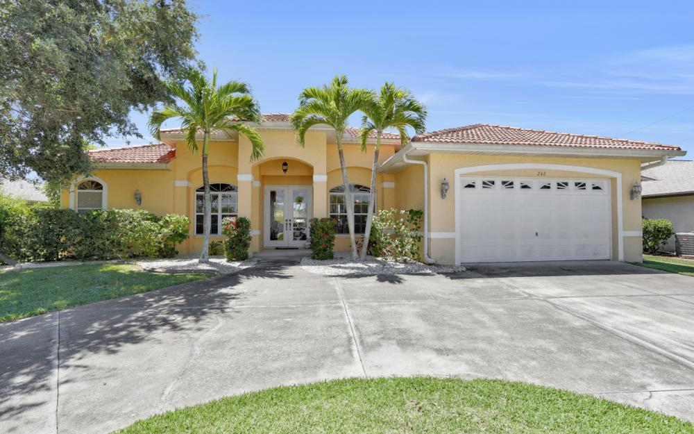 242 SW 45th St, Cape Coral - Home For Sale 1440881711