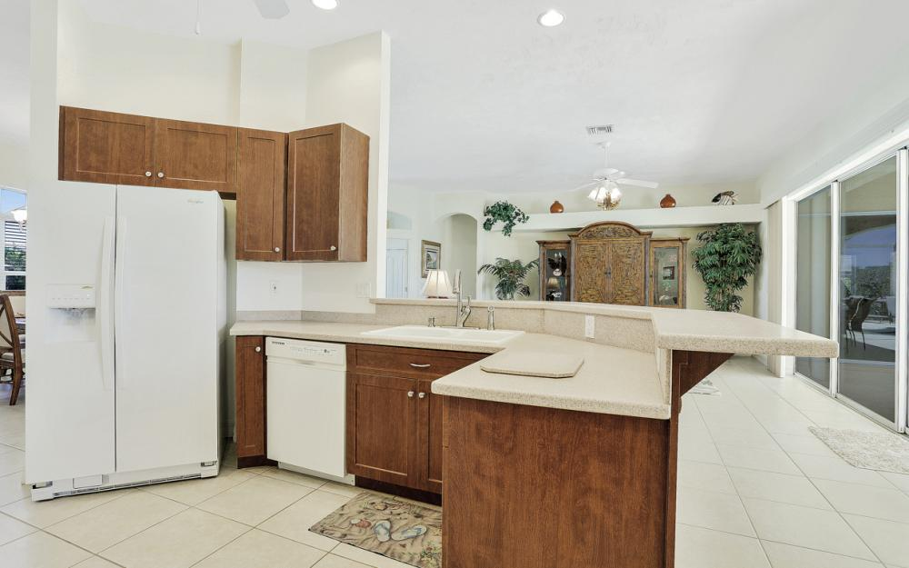 242 SW 45th St, Cape Coral - Home For Sale 1533663160