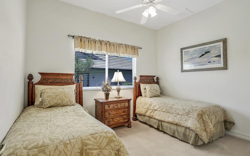 242 SW 45th St, Cape Coral - Home For Sale 617081653