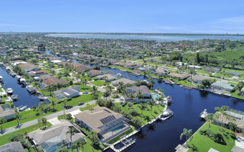 5412 SW 2nd Ave, Cape Coral - Home For Sale 1022850814