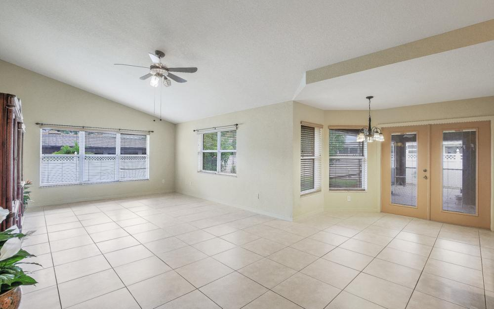4907 Agualinda Blvd, Cape Coral - Home For Sale 2087444451