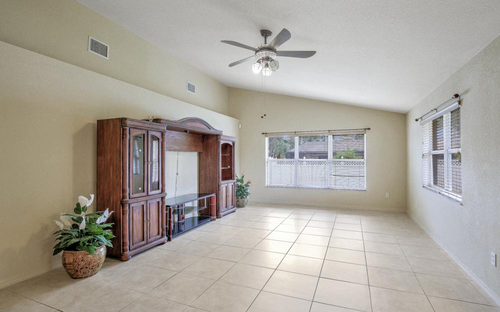 4907 Agualinda Blvd, Cape Coral - Home For Sale 1475757640