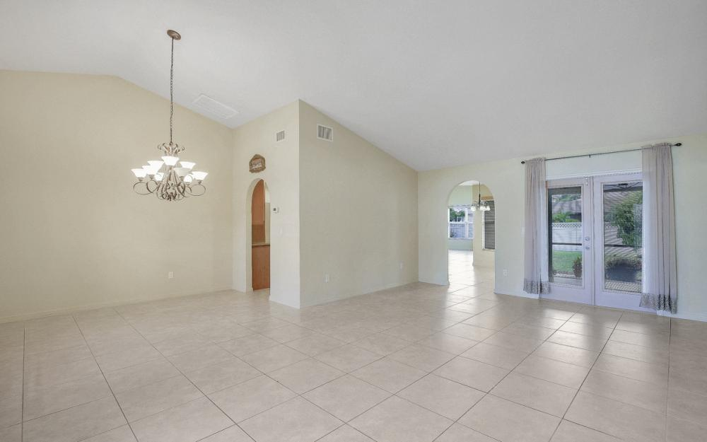 4907 Agualinda Blvd, Cape Coral - Home For Sale 1189466529