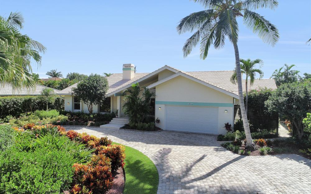 3636 Crayton Rd, Naples - Home For Sale 308180966