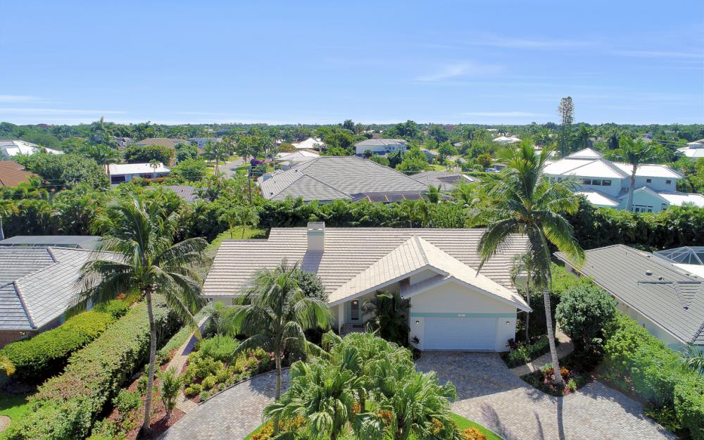 3636 Crayton Rd, Naples - Home For Sale 1158328015