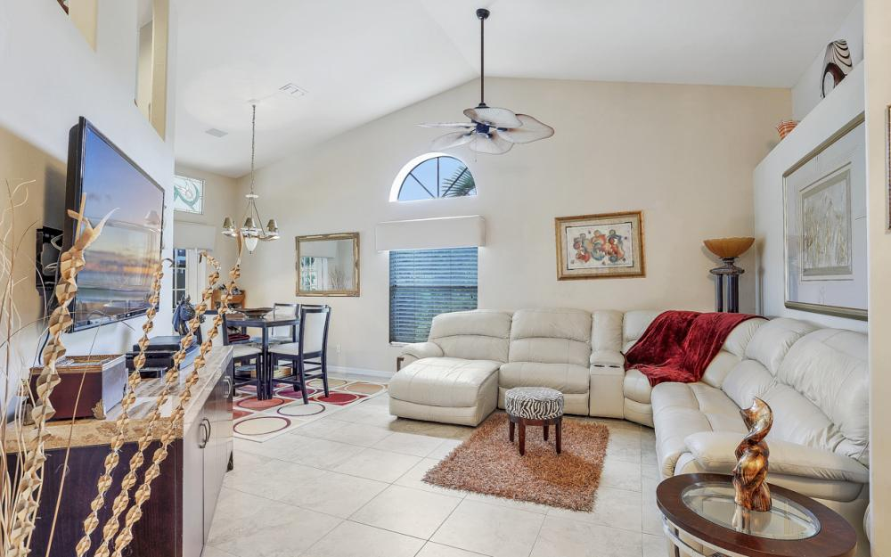 9180 Pinnacle Ct, Naples - Home For Sale 2076920301