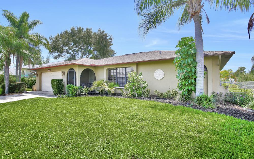 402 SE 31st Ter, Cape Coral - Home For Sale 505078011