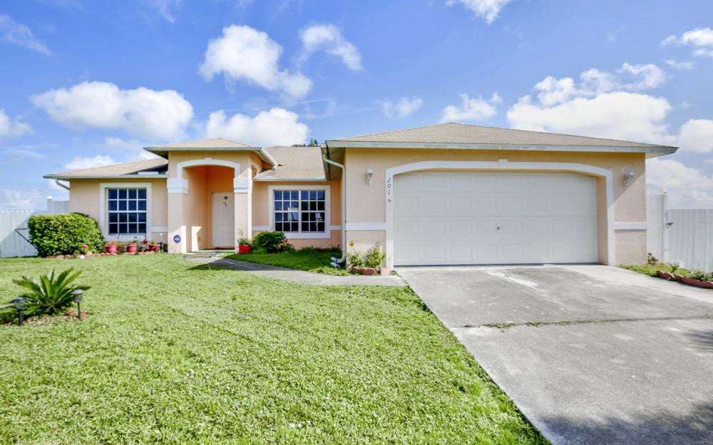 201 NW 6th Ter, Cape Coral - Home For Sale 698333151