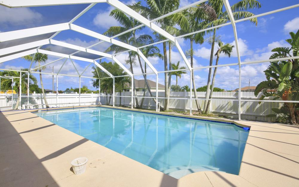 201 NW 6th Ter, Cape Coral - Home For Sale 407278549