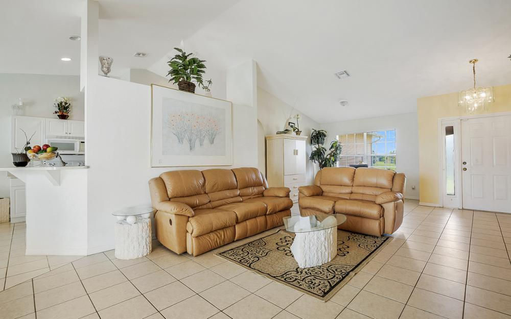 201 NW 6th Ter, Cape Coral - Home For Sale 819801299