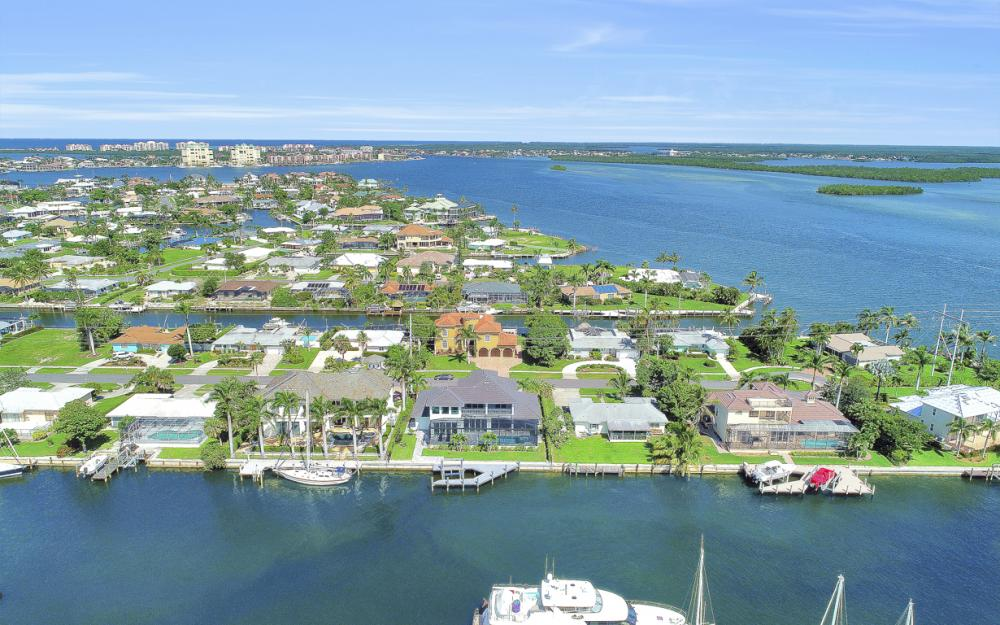1285 Martinique Ct, Marco Island - Home For Sale 1545390858