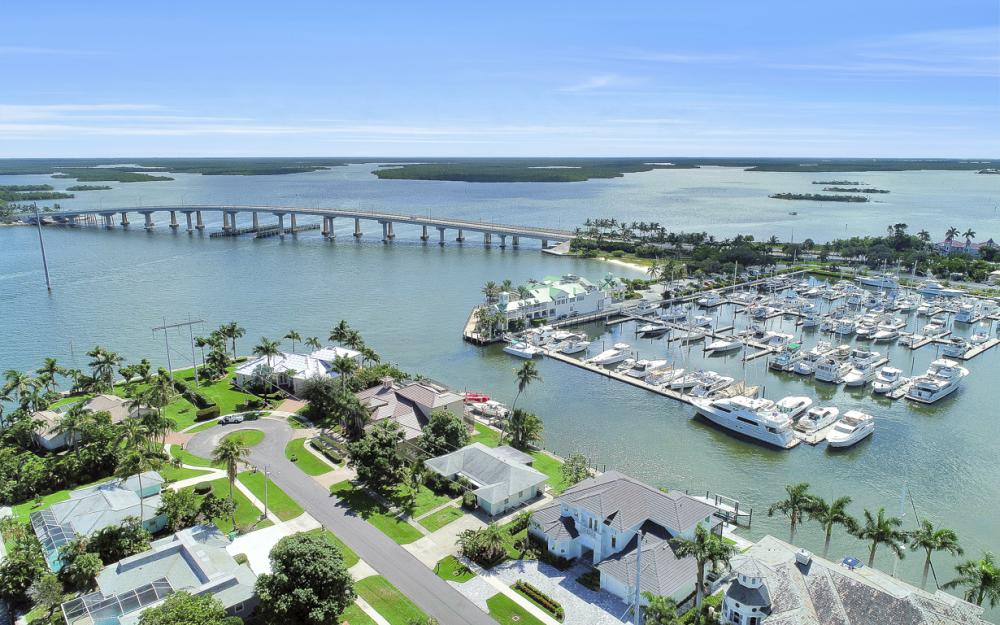 1285 Martinique Ct, Marco Island - Home For Sale 100723421
