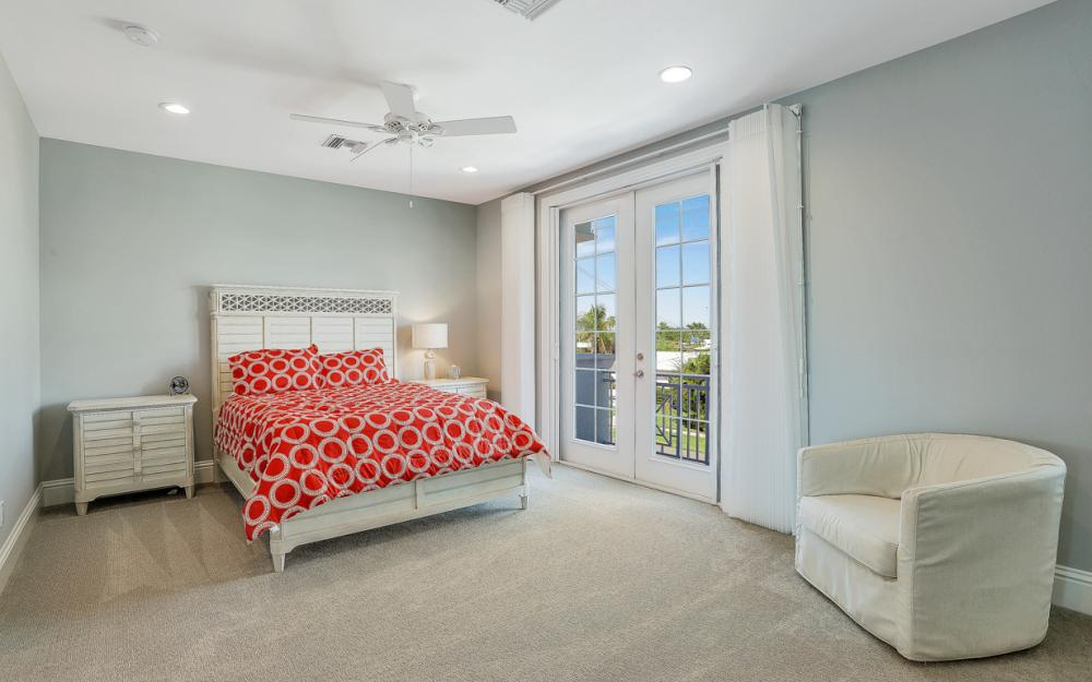 1285 Martinique Ct, Marco Island - Home For Sale 1068501763