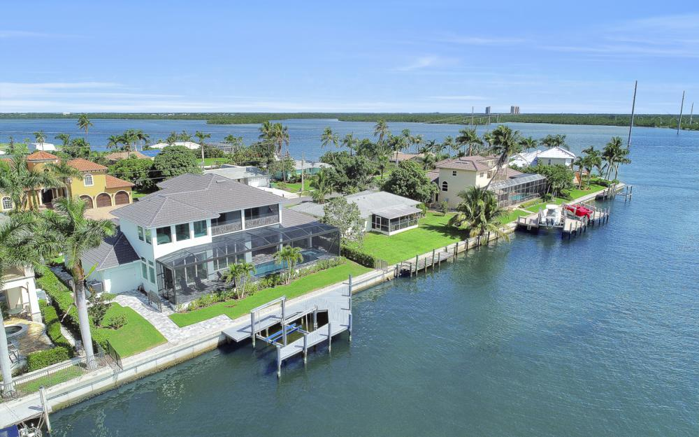 1285 Martinique Ct, Marco Island - Home For Sale 1479750583