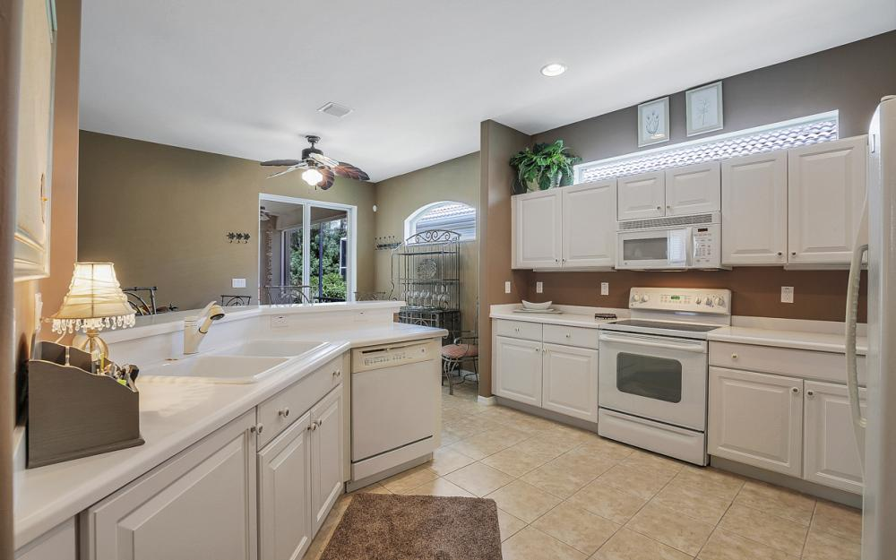 8079 Woodridge Pointe Dr, Fort Myers - Home For Sale 306722447