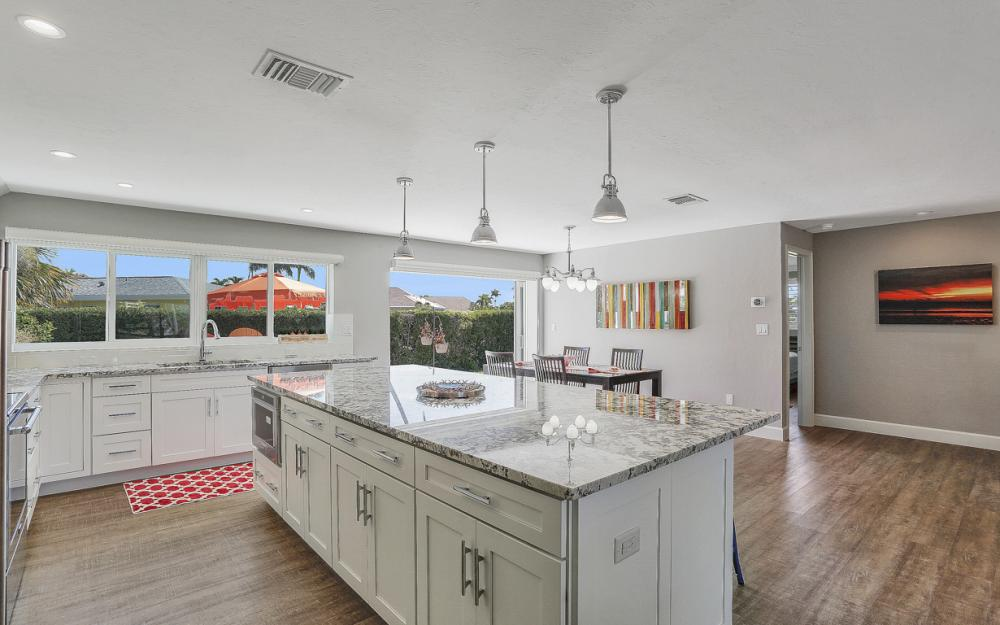 385 Century Dr, Marco Island - Home For Sale 11053412