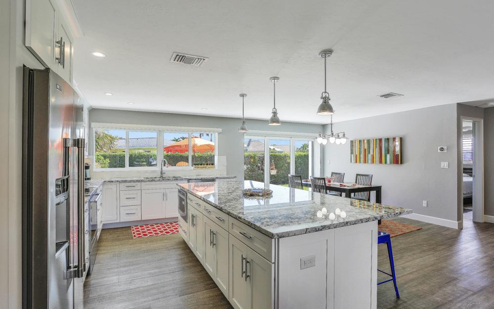385 Century Dr, Marco Island - Home For Sale 1841387072