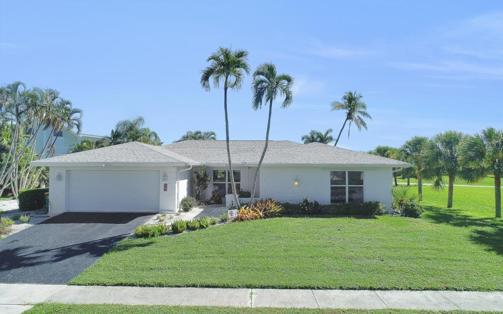 385 Century Dr, Marco Island - Home For Sale 1322676501