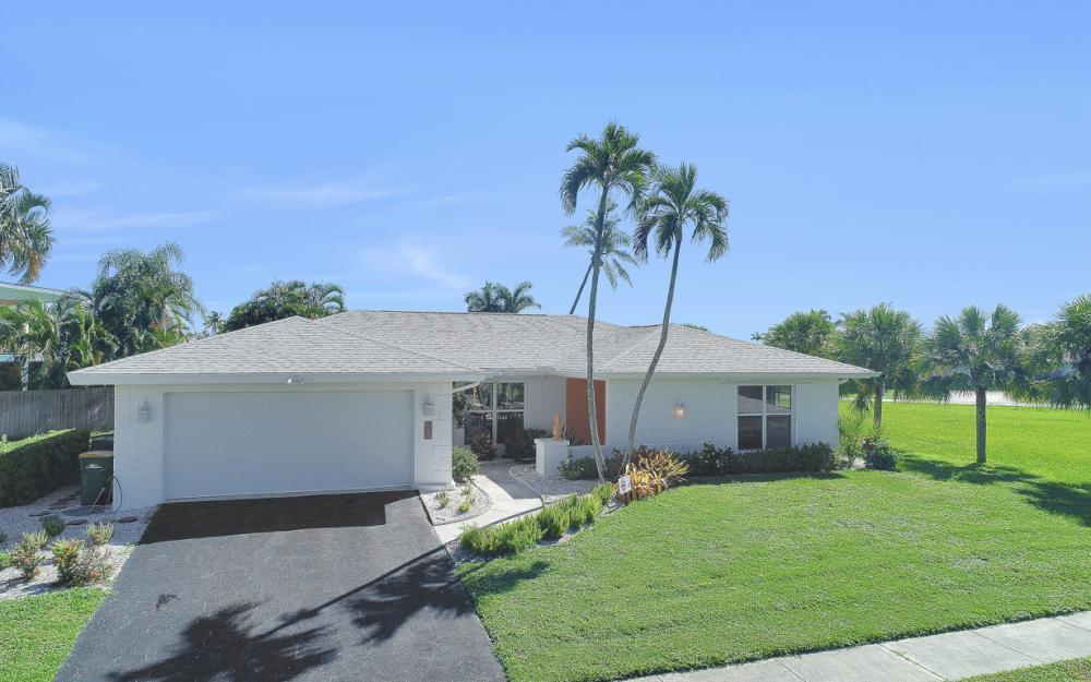 385 Century Dr, Marco Island - Home For Sale 1767252624