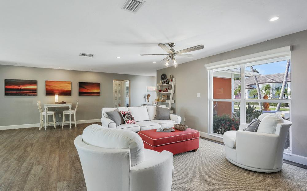 385 Century Dr, Marco Island - Home For Sale 1516447202