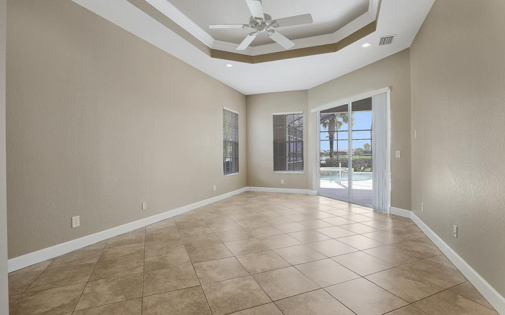 12079 Wicklow Ln, Naples - Home For Sale 1048942152