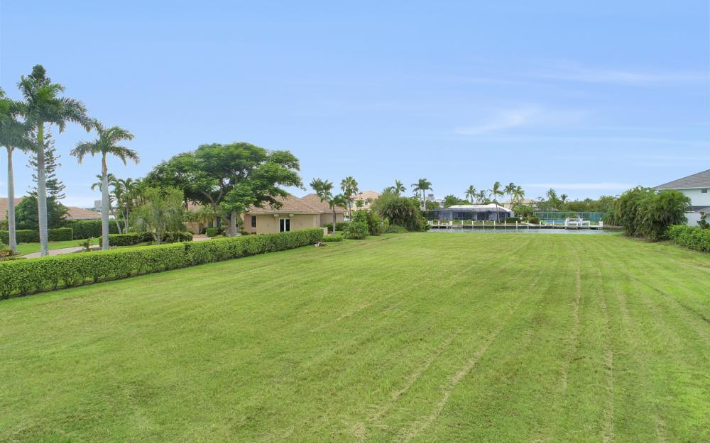 510 S Barfield Dr, Marco Island - Lot For Sale 1147920561