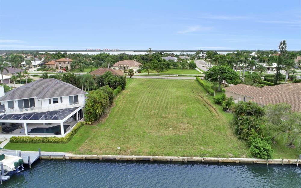 510 S Barfield Dr, Marco Island - Lot For Sale 1873117787