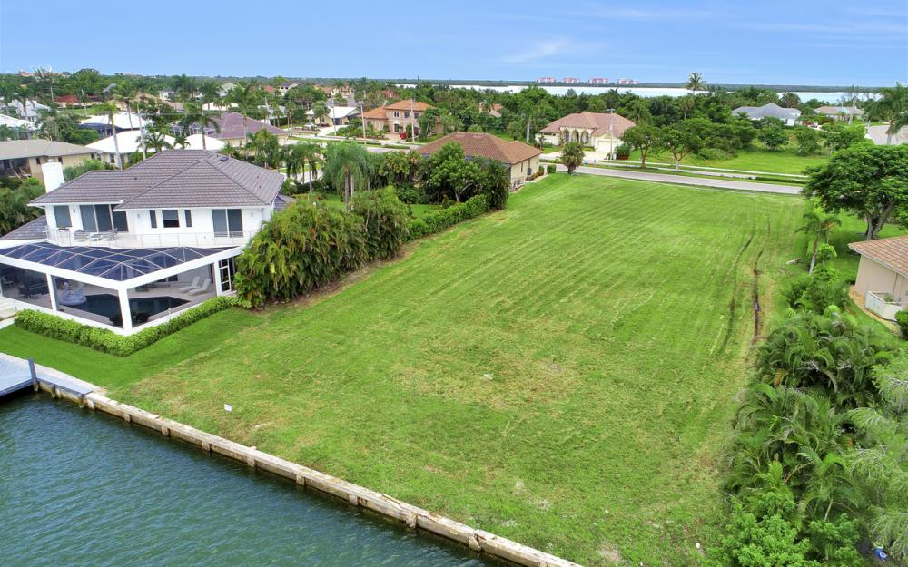 510 S Barfield Dr, Marco Island - Lot For Sale 913030457